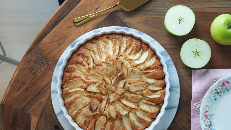 Omena-kanelipiirakka